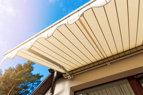 White Striped Retractable Awning
